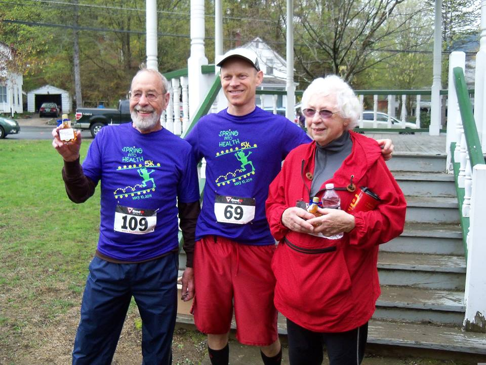 Sylvia Kinney and Ken Lemire won the Most Experienced awards, pictured here with Dr. Moss Linder, who organizes the race every year.