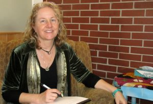 Eileen Arama, MSW LICSW