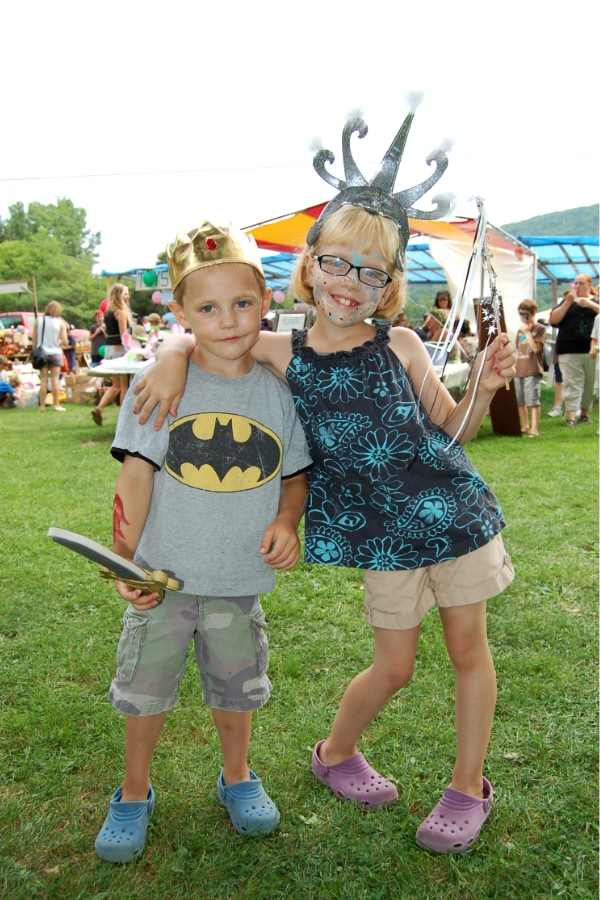 Fair Day Kids Costumes